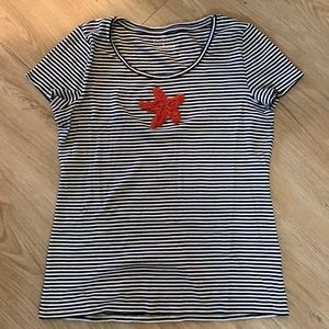 2/25 🧡 Talbots navy and white stripe t with beads